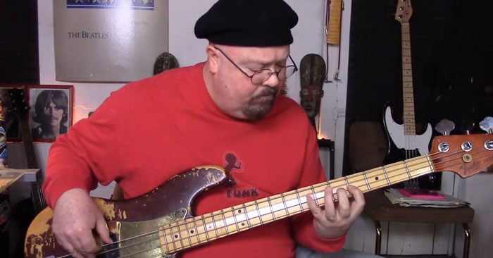 Shuffle Blues Bass Groove in A